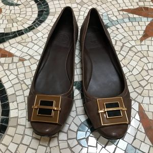 Tory Burch 9.5 fig brown leather flats